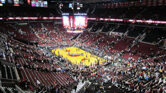 Portland trail blazers at moda center%2c december 2013   09